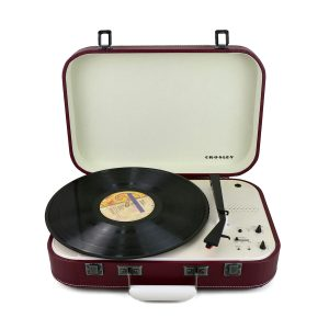 Crosley Coupe Bluetooth Turntable with Pitch control – Cabernet