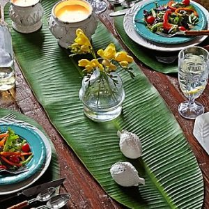Tropical Monstera Leaf Table Runner